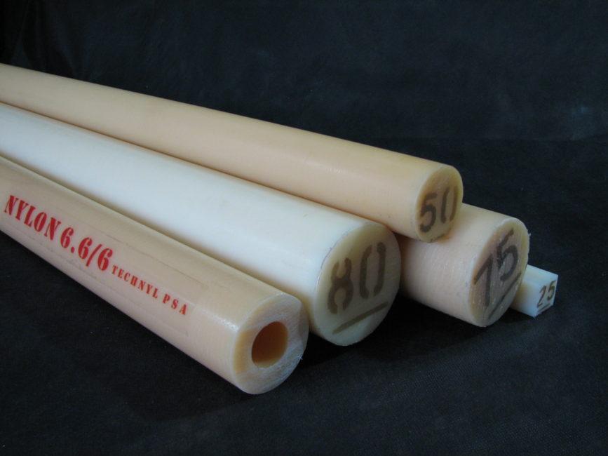 Tarugos e tubos em nylon technyl