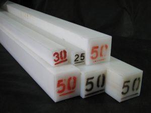 Tarugos cuadrados poliacetal